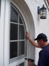 Window Screens | Familia Windows | Screen Repair Aurora, CO